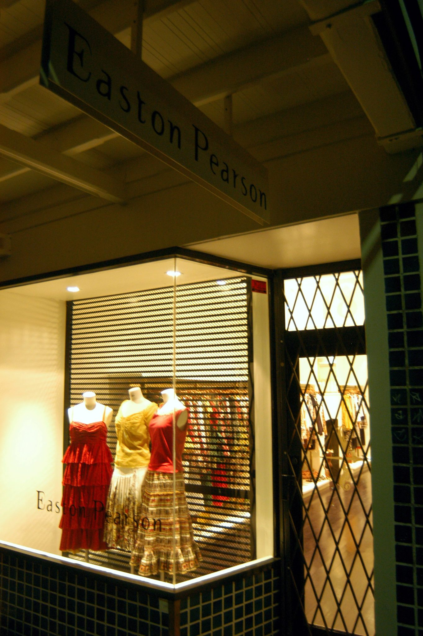 Retail window lighting by Limelight Australia