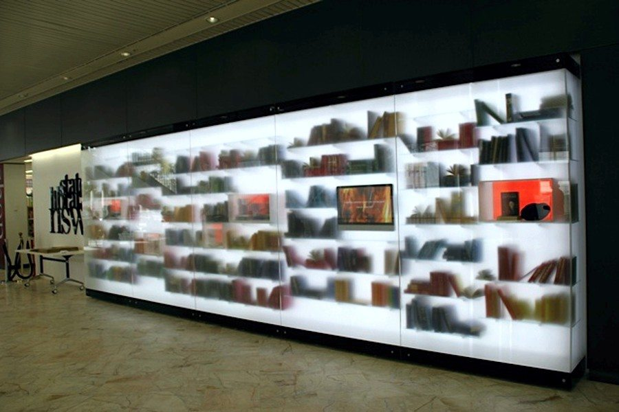 Lighting for exhibitions at State Library of NSW